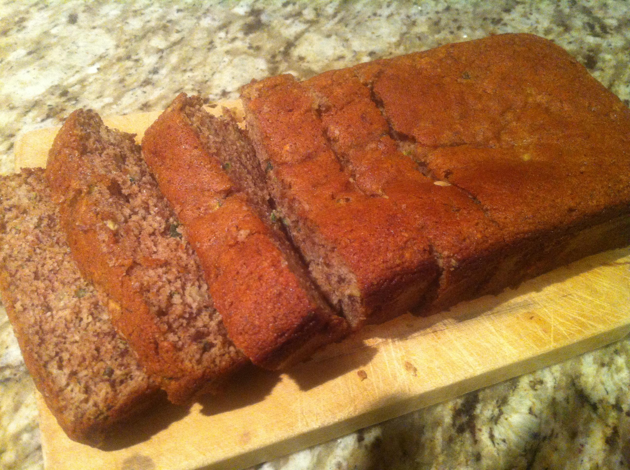 Paleo Zucchini Bread, paleo recipes, paleo food, paleo diet